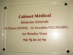 plaques professionnelles plexiglas transparente de rue plaque medecin notable infirmier avocat. Black Bedroom Furniture Sets. Home Design Ideas